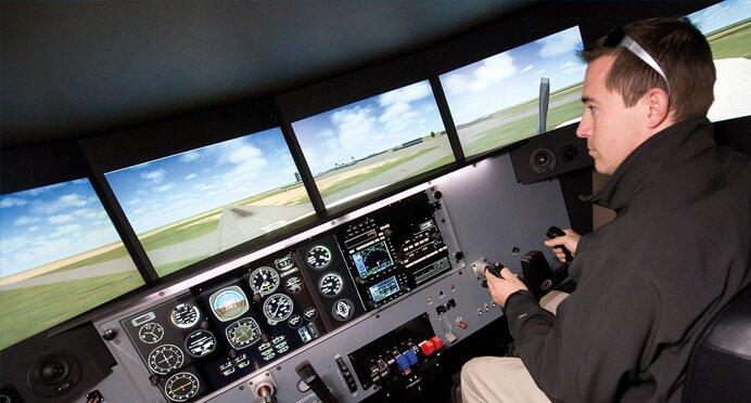 redbird-flight-sim